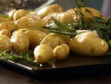 Roasted Fingerlings w/Herbs & Garlic